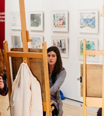 Art classes in the National Gallery. © National Gallery of Ireland.