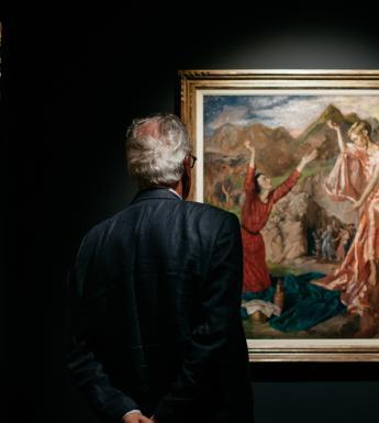Visitors to Margaret Clarke: An Independent Spirit. © National Gallery of Ireland.