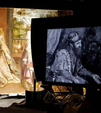 Monitor showing infrared image of Lavinia Fontana's painting