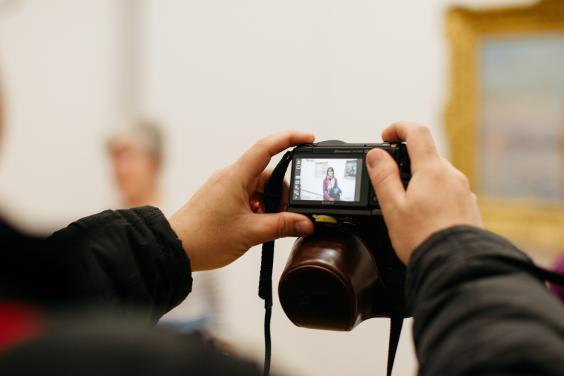 Taking photos in the gallery. © National Gallery of Ireland.